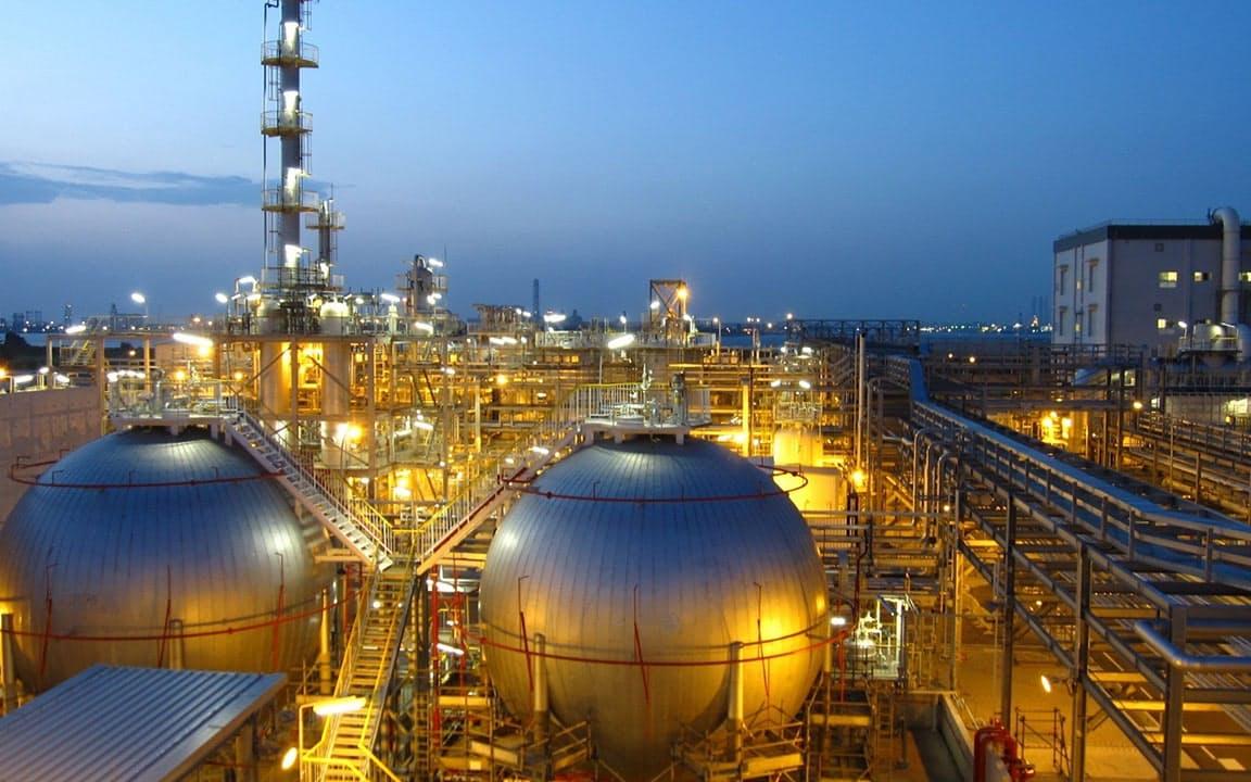 旭化成は合成ゴム「S-SBR」で世界シェア首位(旭化成のシンガポール工場)