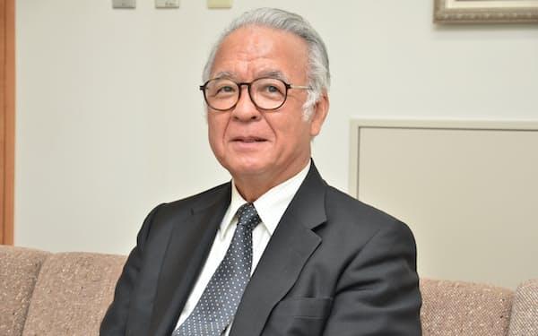 インタビューに応じる日本旅館協会の浜野会長(5月28日、札幌市)