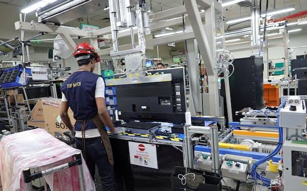 ソニーグループはテレビ組み立てなどの工場で人員を減らして操業する