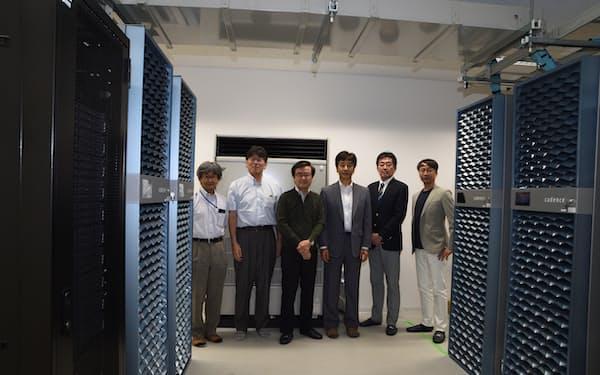 AIチップ設計拠点のサーバー室=産総研・東大提供