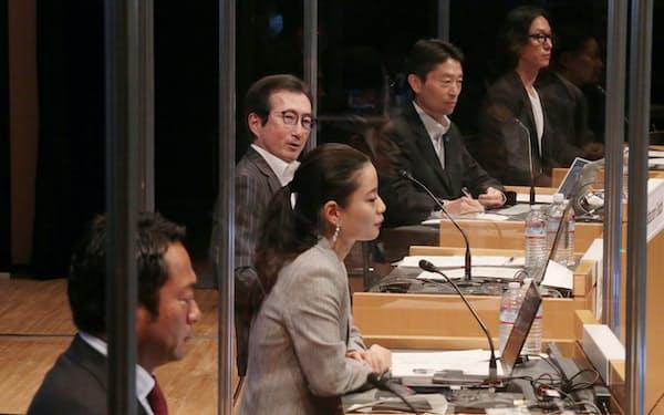 次世代の働き方を議論するパネル討論も開かれた(8日、東京・大手町)
