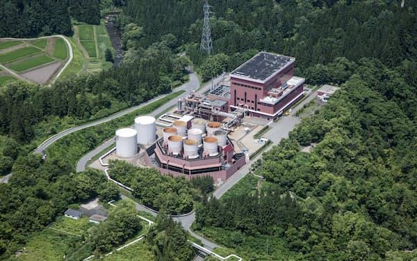脱炭素には地熱資源の有効活用が不可欠だ(柳津西山地熱発電所)