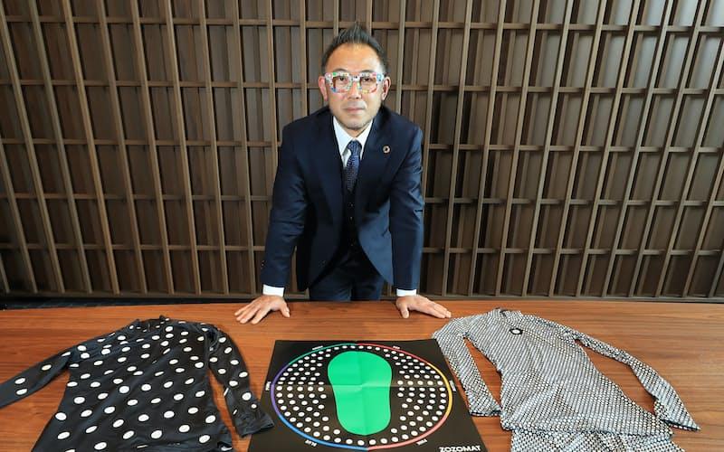 ZOZOグラスをかけた沢田宏太郎社長