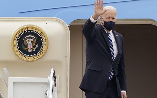 バイデン米大統領は「民主主義国を再結集させる」と初の外国訪問に意気込む=AP