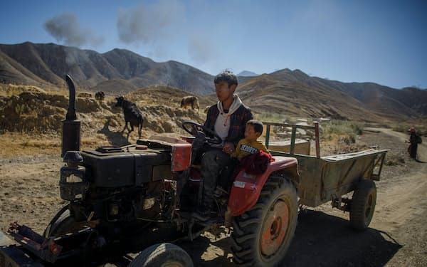 中国政府は総人口の6割強が都市部で暮らすにもかかわらず、貧困を完全に農村部の問題と捉えている=ロイター