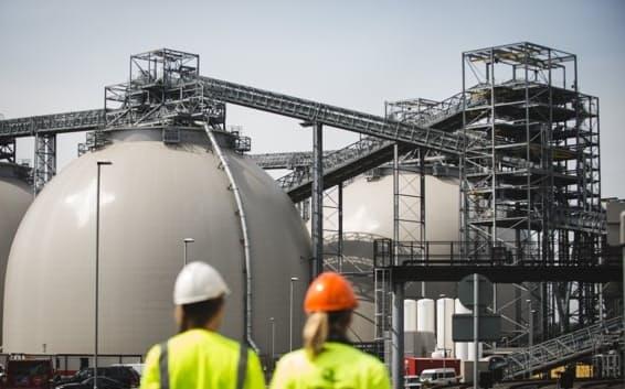 バイオマス発電所でCO2を回収する