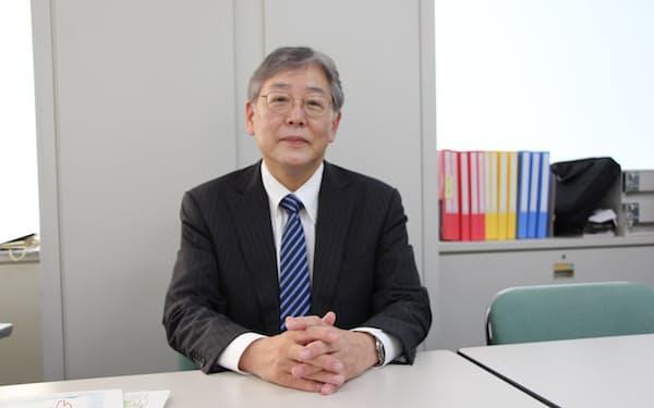 東京iCDC専門家ボードの賀来座長は新規感染者が「1日300人前後を4週間程度続けた段階で解除するのが望ましい」と指摘した