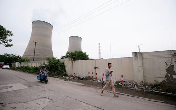 中国は2060年に二酸化炭素(CO2)排出量を実質ゼロにする目標を掲げる=ロイター
