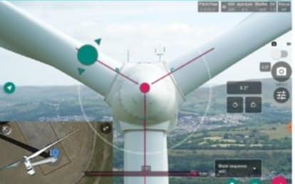 KDDIは風力発電設備をドローンで点検するサービスを始める