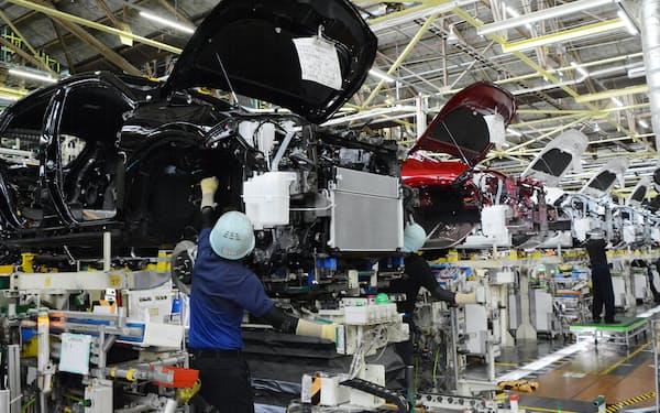 高岡工場のハリアー生産の様子(2020年6月、愛知県豊田市)