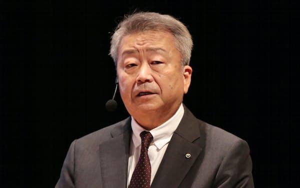 講演するNTTの澤田純社長(7日、東京・大手町)