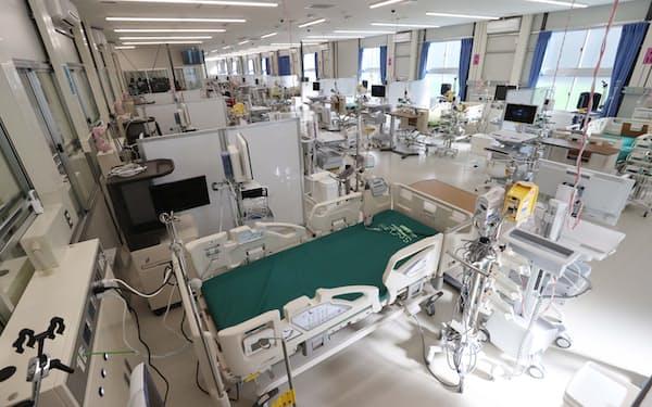 多くは無症状か軽症で済むが、入院したうちの3割は集中治療室(ICU)に入ったという