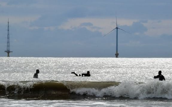 千葉県銚子市沖に東京電力グループが先行設置した洋上風力発電