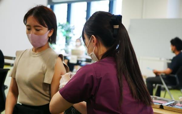 コーラル・キャピタルは14日、新興企業向けのワクチン接種会の訓練を開いた