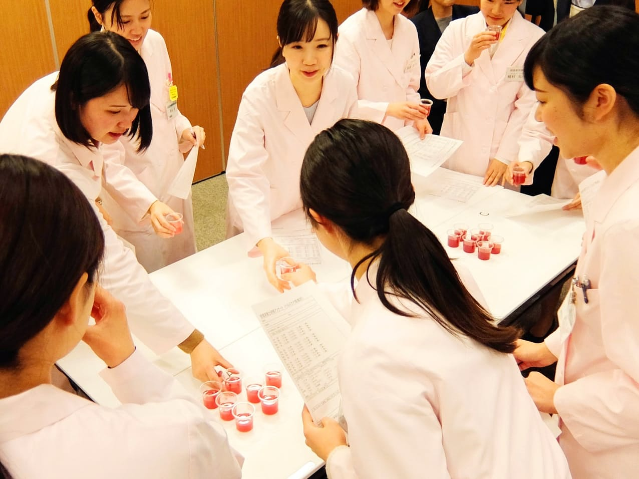 日本調剤は女性従業員の口コミ評価が改善している