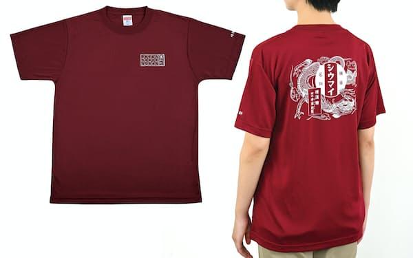 Tシャツには看板商品のロゴや商品のイラストをあしらった