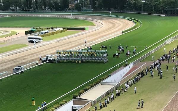 2年ぶりに観客を迎えて行われた札幌競馬