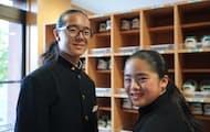 ヘアドネーションを続ける斎藤櫻華さん(左)と琥煌さん兄弟(岩手県金ケ崎町)