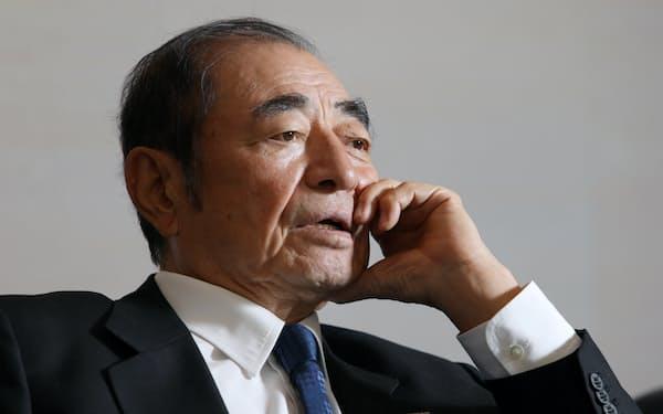 富士フイルムホールディングスの古森重隆氏は21年の間、構造改革に取り組んだ