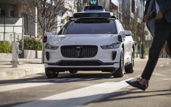 米ウェイモの技術を搭載したタクシーサービス向け自動運転車