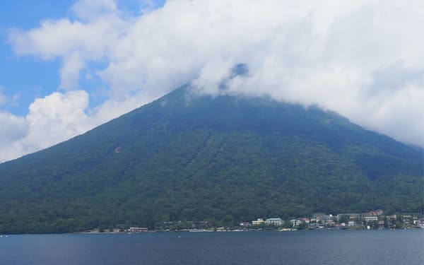 栃木県の豊かな自然を観光客誘致に生かす取り組みが進む(日光市の中禅寺湖)