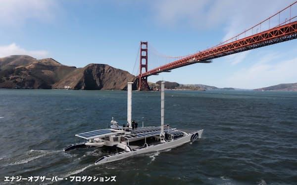 米西海岸のサンフランシスコ湾に向かうエナジー・オブザーバー号=エナジー・オブザーバー・プロダクションズ提供