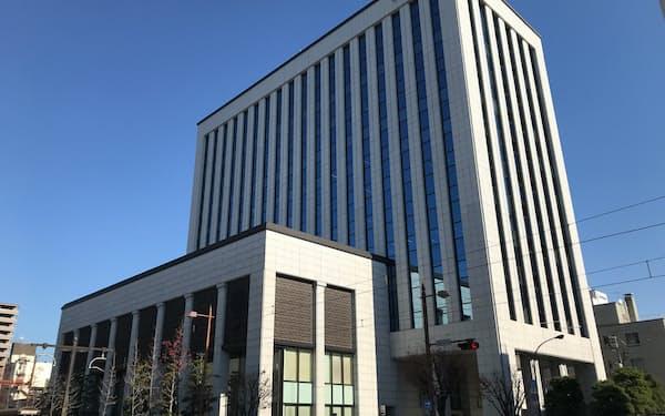 岡山市の中国銀行本店