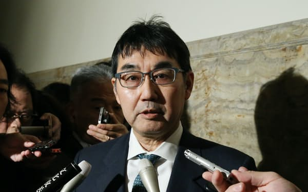 実刑判決を受けた河井克行元法相(2020年1月、国会内)