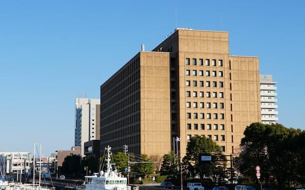 徳島県庁(徳島市)