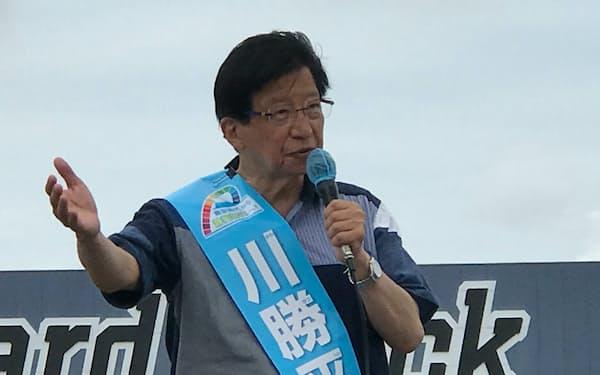 現職の川勝氏は浜松市で街頭演説しリニア問題を訴えた