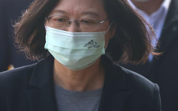 蔡英文総統を筆頭に台湾当局はワクチン調達が進まず苦悩の色を深めている=ロイター
