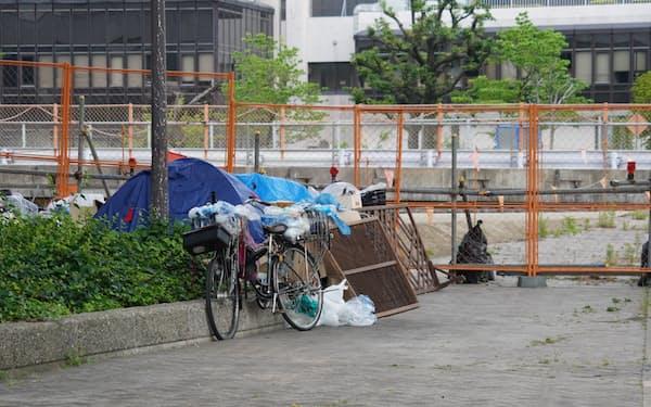 名古屋市内の路上生活者の住居。愛知の貧困者は目に付きづらいと言われる