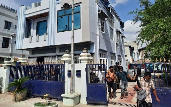 市民側の武装組織が拠点にしていたとみられる民家(ミャンマー国軍ウェブサイトから)