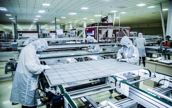 太陽光パネルの価格が上がっている(中国の工場)