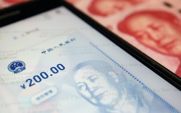 中国は2022年の中銀デジタル通貨の導入を目指している=ロイター