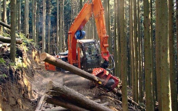 国産材増産には林道の整備が必要だ