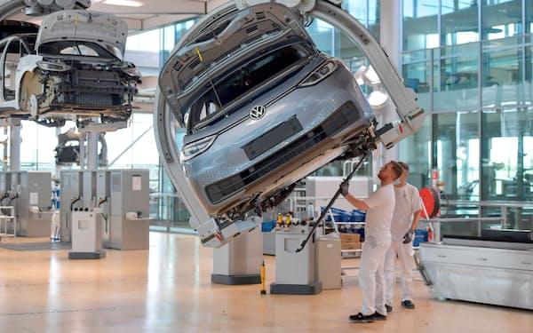 VWのドレスデン工場もEV工場に生まれ変わった=ロイター