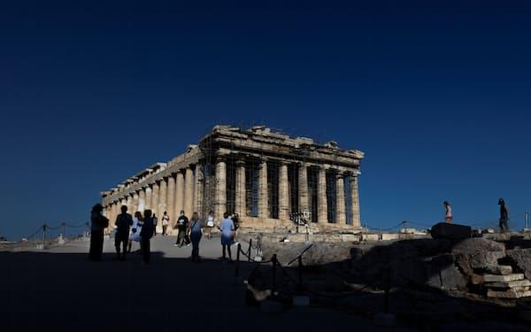 観光業の復活はギリシャ経済の立て直しのカギを握る=ロイター