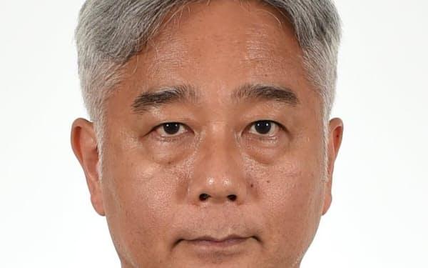 鈴木敦夫氏