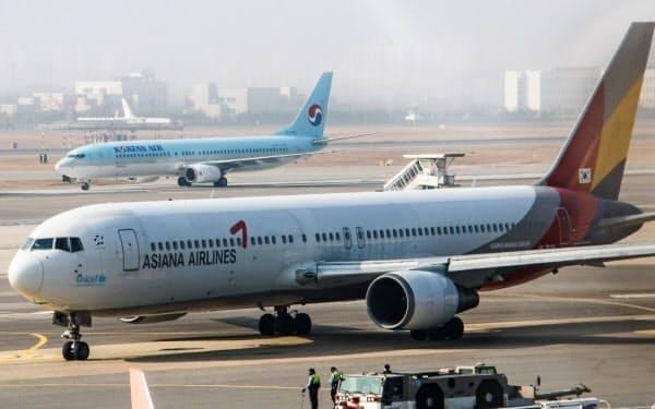 大韓航空は増資で資金調達し、同業を買収する