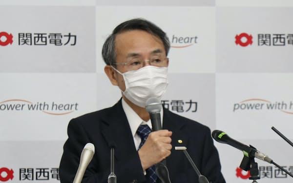 関西電力の森本社長(25日、大阪市)