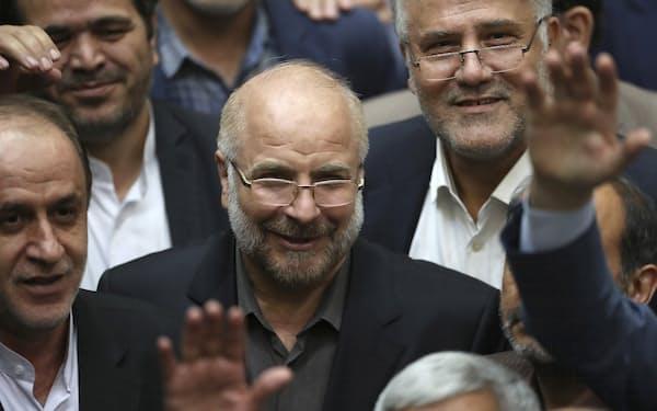 イランのガリバフ国会議長=AP
