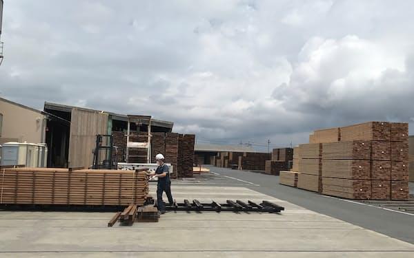 山大ではしかかり中の木材を5割増やして対応する(宮城県石巻市)