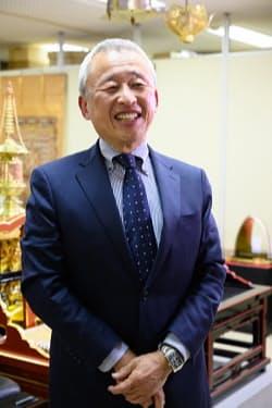 70代にあたる田中伊雅佛具店の田中雅一社長=宮田昌彦撮影