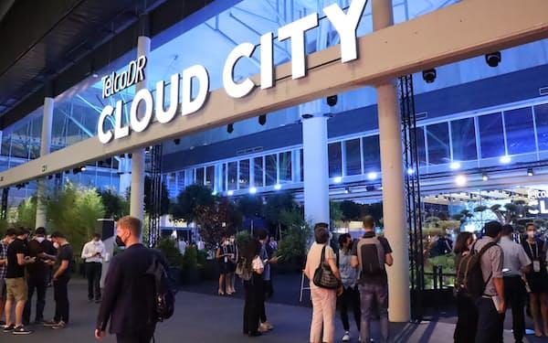 米新興企業テルコDRは最大規模のブースを確保し、注目が集まった(28日、バルセロナ)