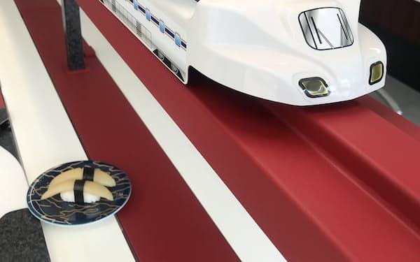 注文した寿しが新幹線の模型で届く、石野製作所の「特急レーン」