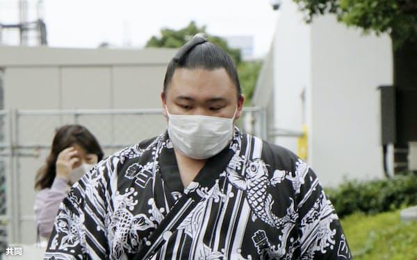 出場停止処分を受けた朝乃山。復帰は1年後の名古屋場所になる=共同