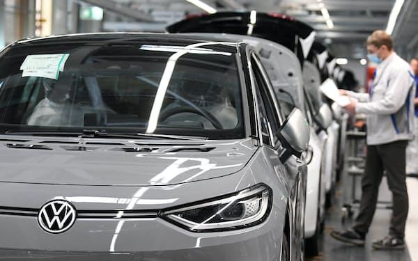 独フォルクスワーゲン(VW)の株価上昇率はトヨタを上回った=ロイター