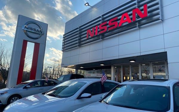 日本車の4~6月の米国販売は前年同期から6割回復した(ニューヨークの日産の販売店)