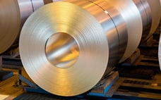 亜鉛の国内価格、約2年ぶり高水準 鋼材値上げ材料に